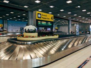 空港のベルトコンベアー